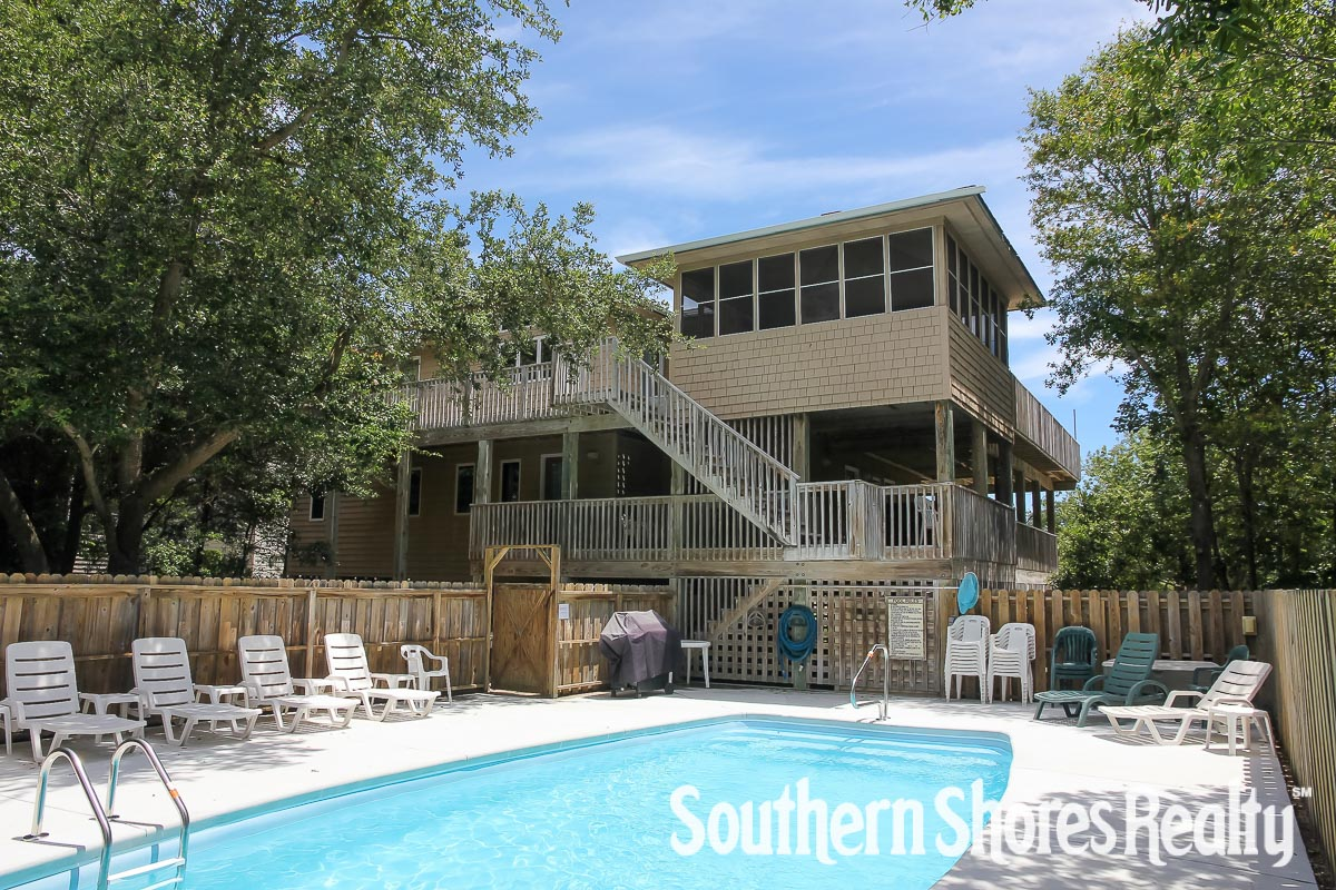 DUNESBERRY Southern Shores Realty